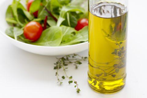 オリーブオイルダイエットなら続けられる?簡単な方法とその効果